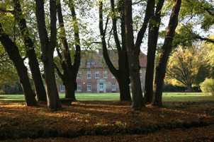 Das Herrenhaus im Gutspark Cadenberge